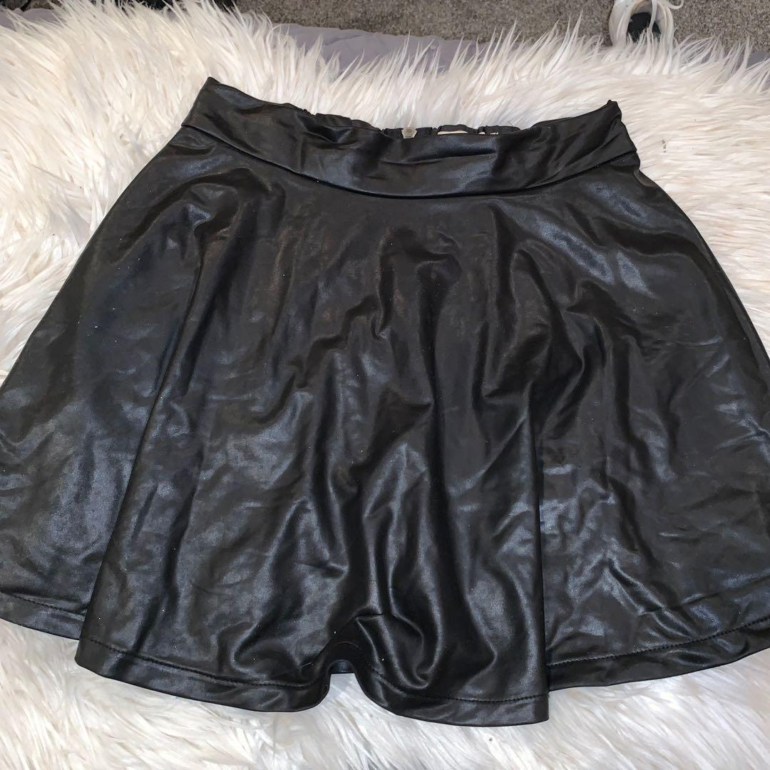 Size 10 leather look skirt