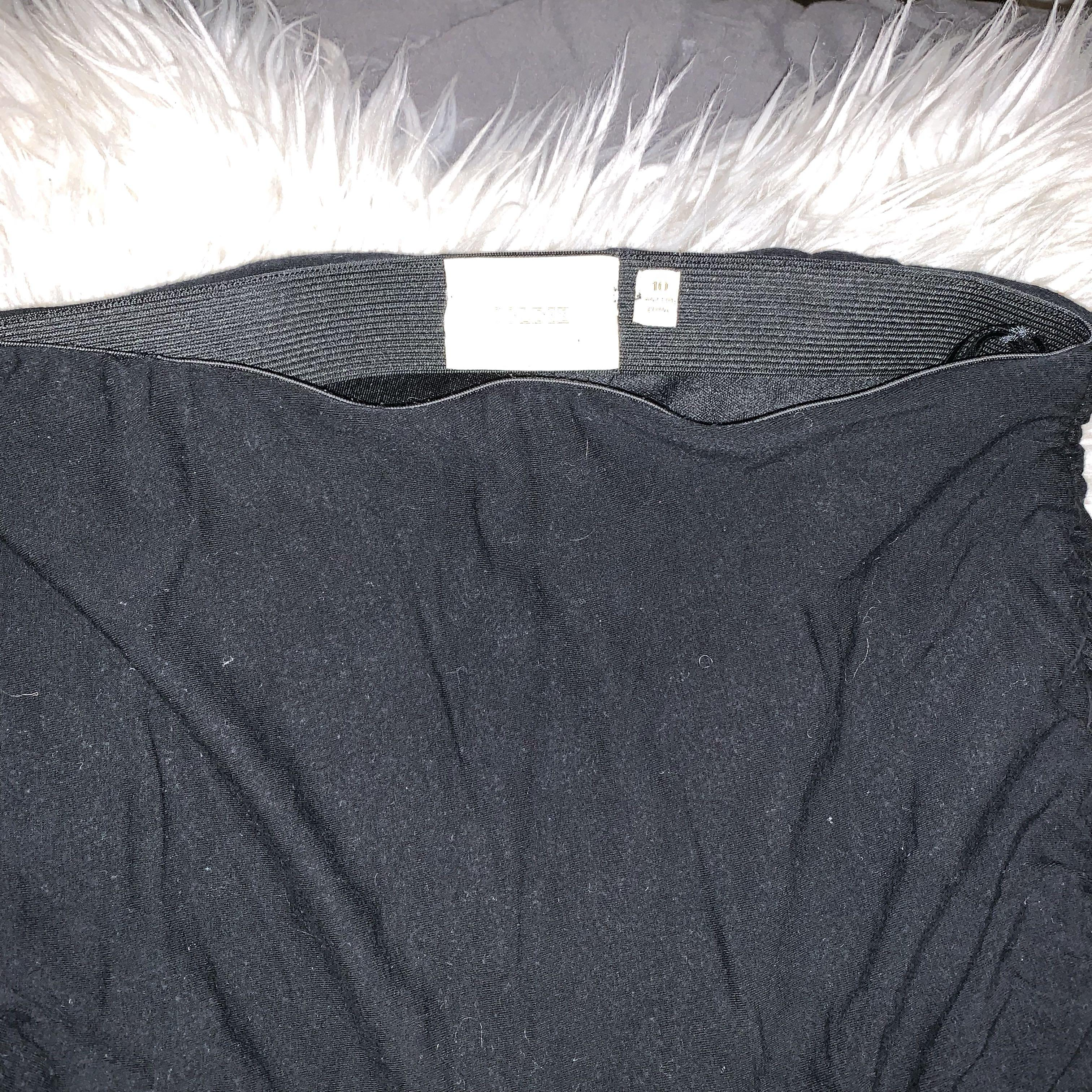 Size 10 ruched bodycon skirt