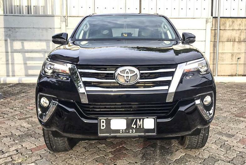 Toyota Fortuner VRZ New Model 2.4 AT 2017 Bergaransi Bisa Kredit