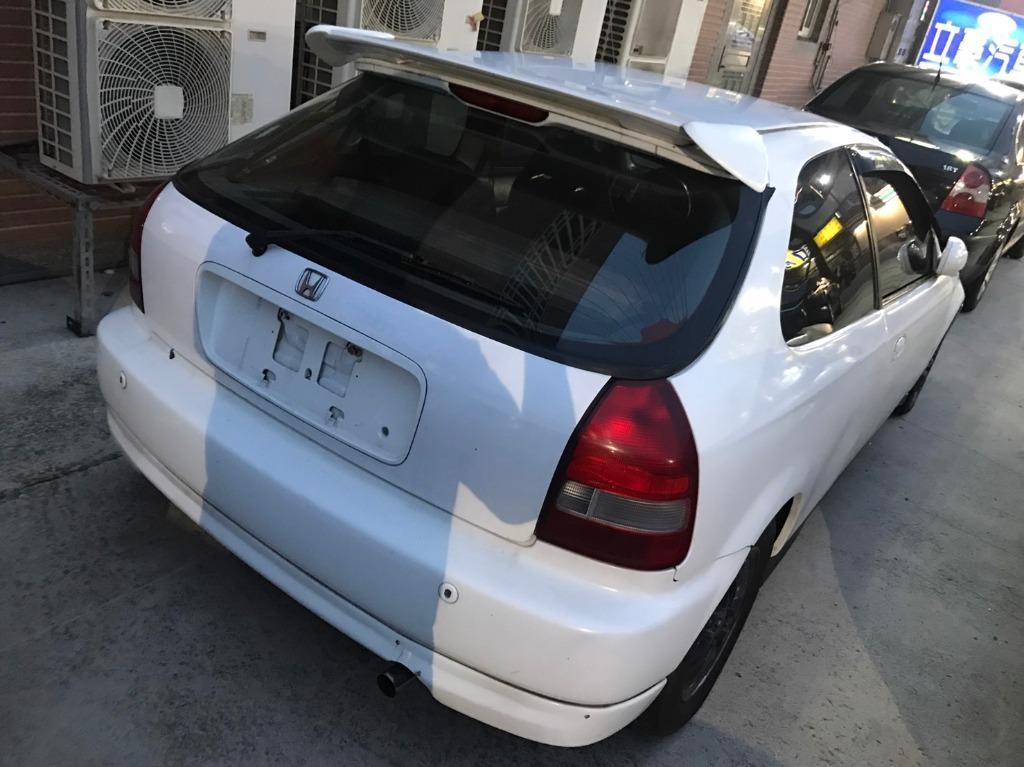 2000年K8白1.6CC