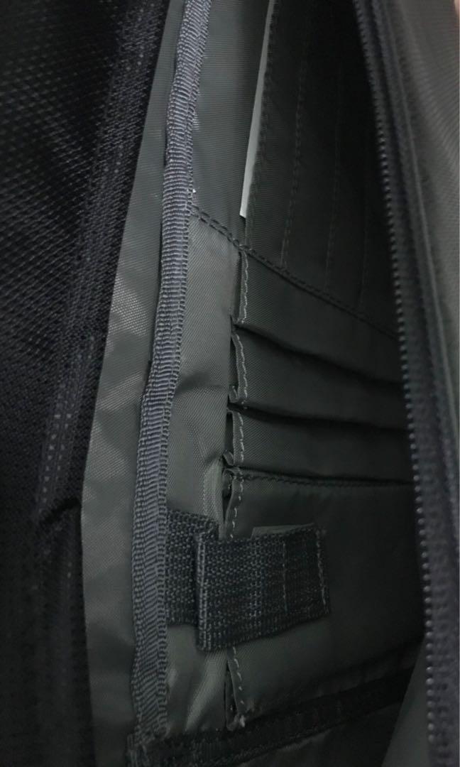 Brand New Dell x Targus Laptop bag (100% original)