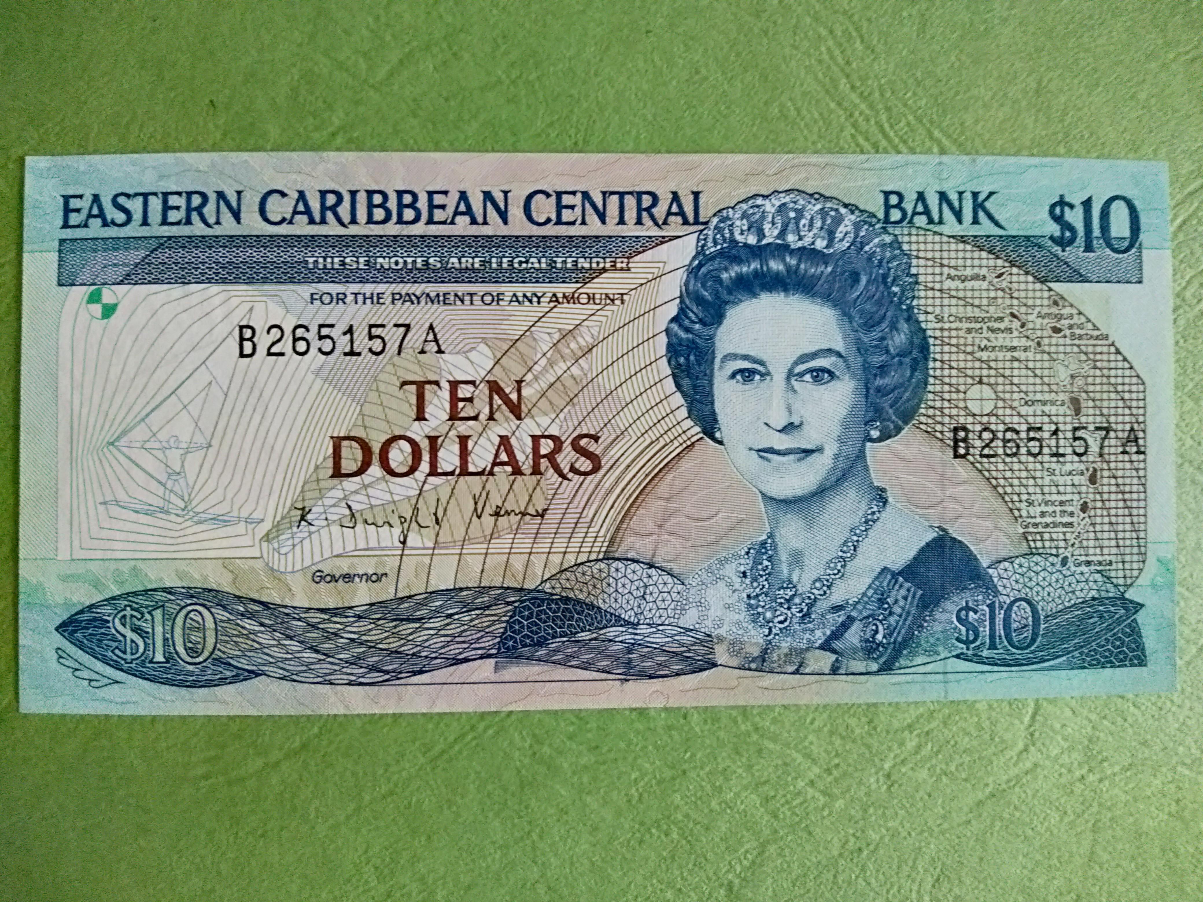 Polymer QE II,UNC Lot 5 PCS 2019 East Caribbean 10 Dollars New Design P-New