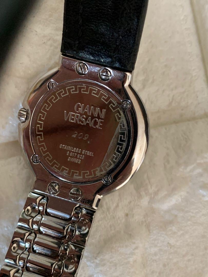 Jam Gianni Versace authentic, mewah,mulus, 36 mm, unisex, murah with Box and dust bag