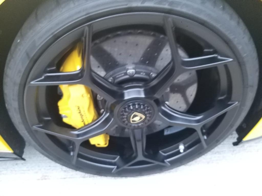 Lamborghini HURACAN LP640-4 PERFORMANTE SPYDER