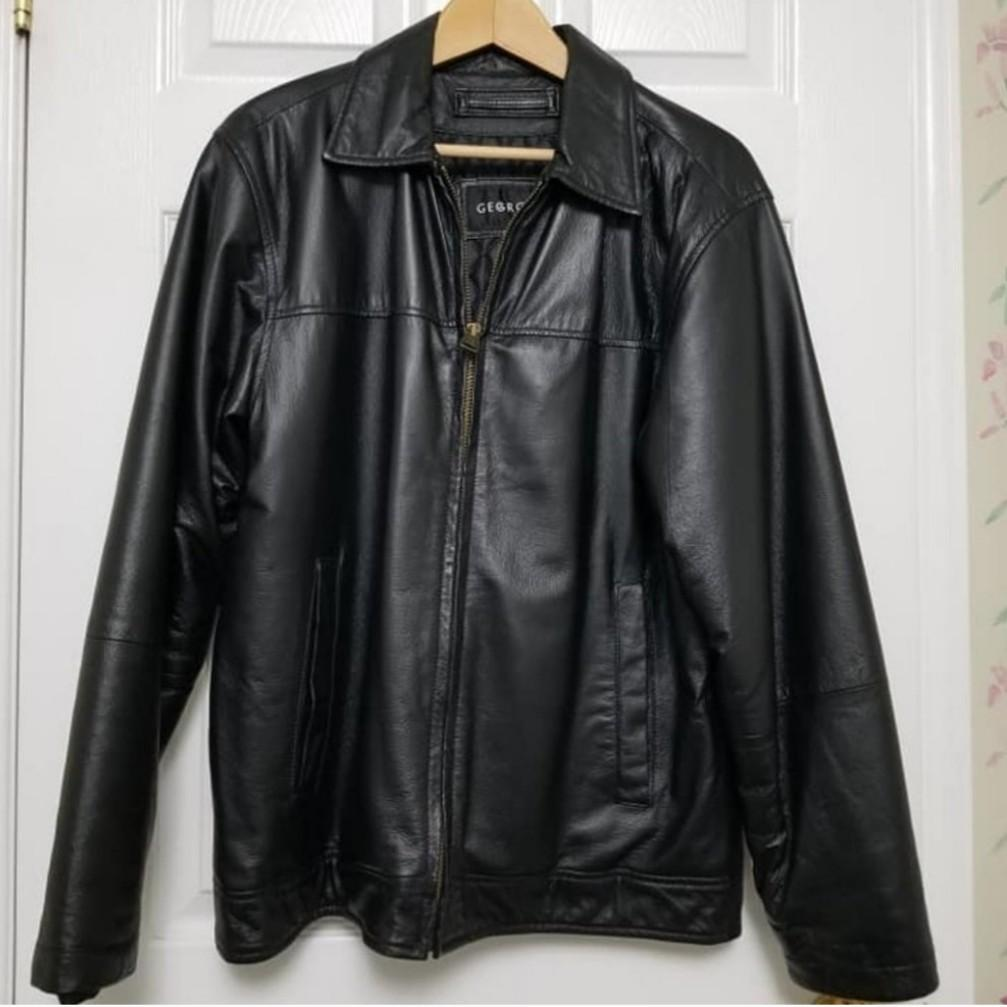 Men's Leather Jacket - Small