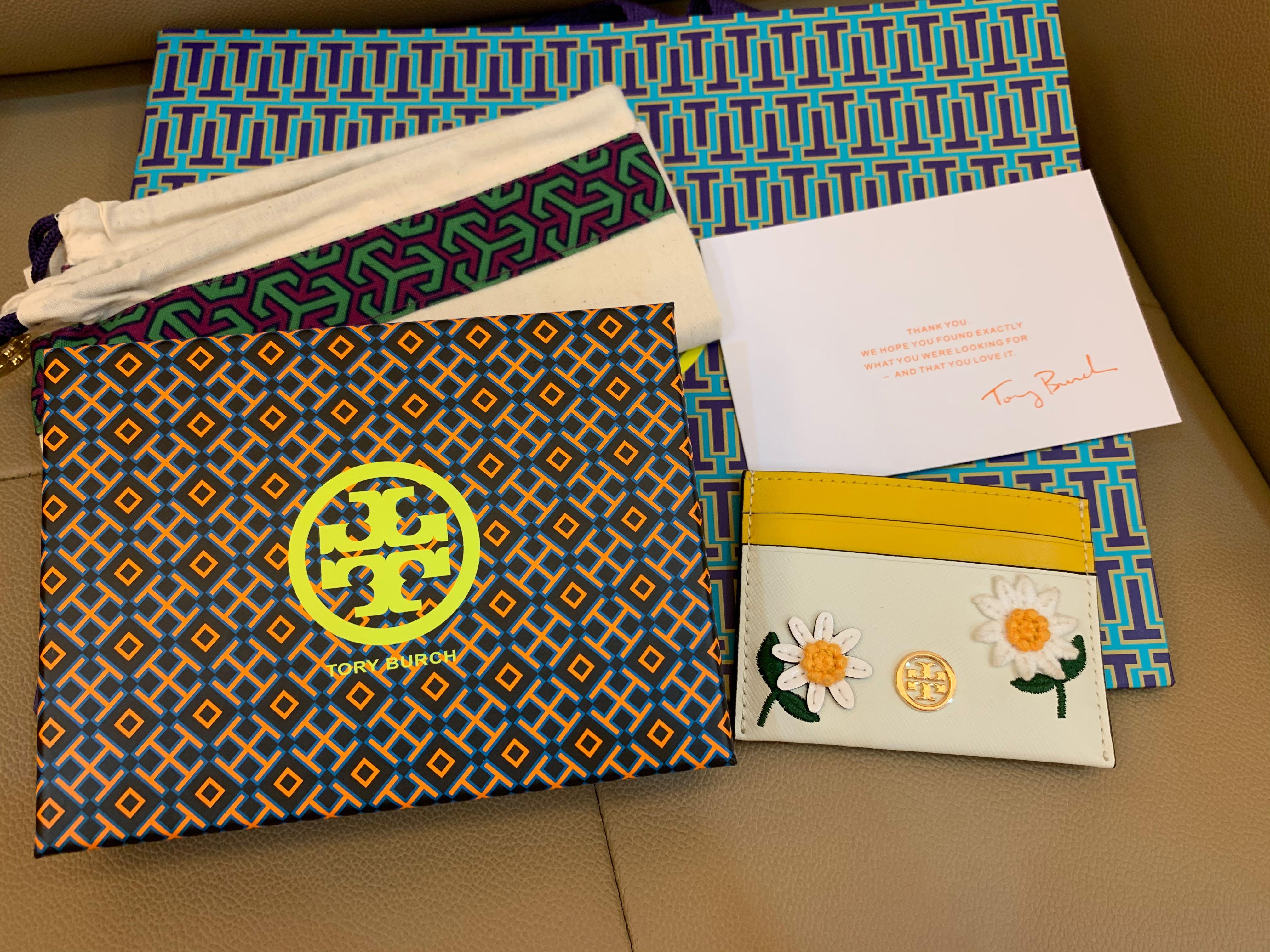 Ready Stock authentic Tory Burch daisy floral card holder in floral