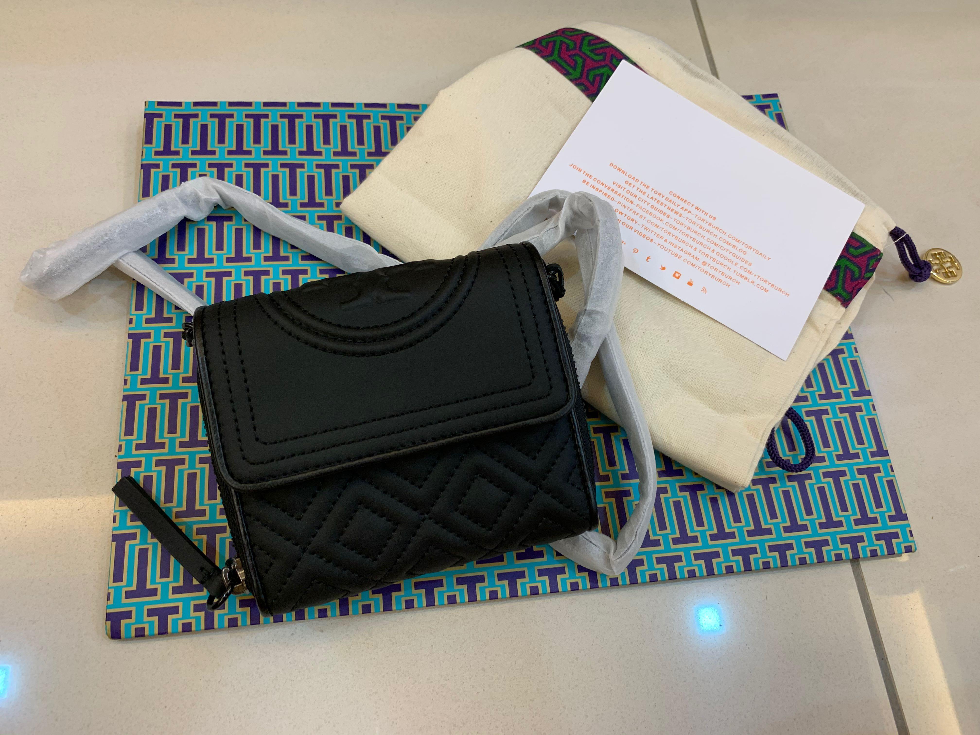 Ready Stock authentic Tory Burch Matt black Fleming soft wallet purse