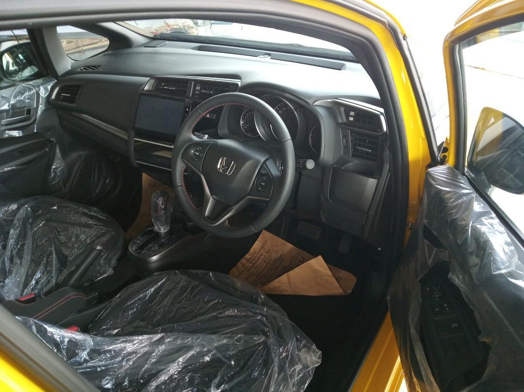 Ready Stock Honda Jazz Rs 2020 Spesial Cashback dan Promo Lebaran