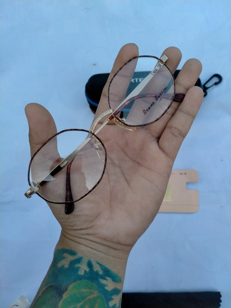 Vintage Sunglasess 80s/John Lennon Vintage Sunglasses Brand: Bruno Bossini Original made in Italy Size: 54-18