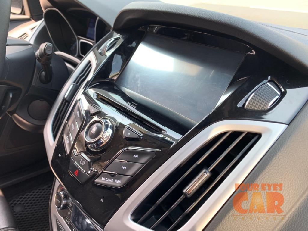 2014年 福特 FOCUS TDCI 5D- 四眼仔歡樂車庫