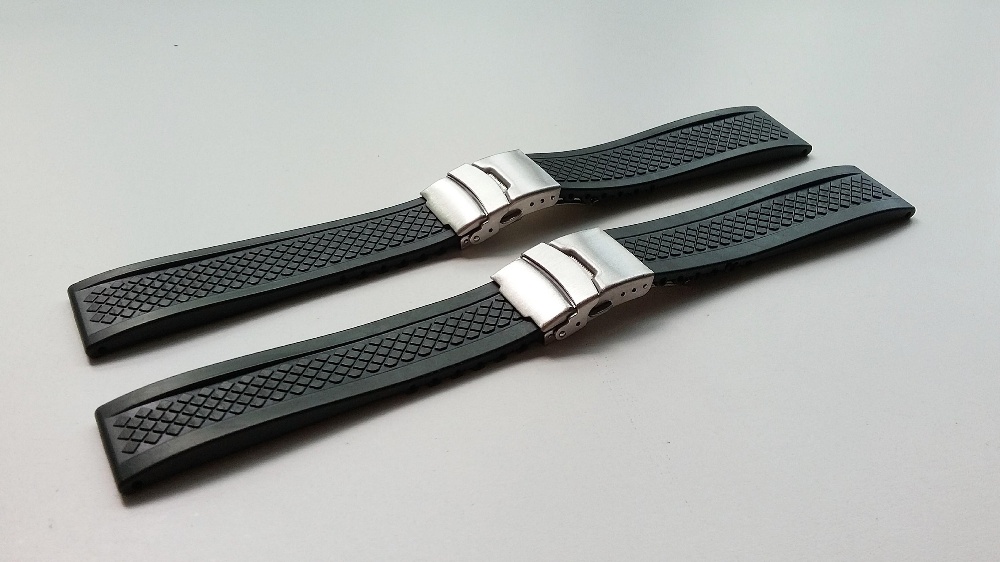 20MM, 22MM &24MM BLACK VULCANISED RUBBER WITH STEEL DEPLOYMENT CLASP FOR SEIKO, STEINHART, CITIZEN, LONGINES, TAG HUER & ALL 20/22/24MM LUG SIZE WATCHES