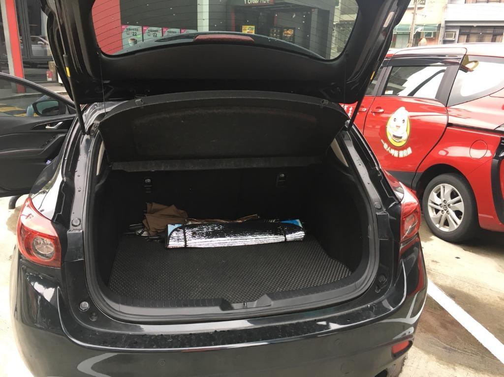 頭份市 ☆ 中承汽車 ☆ 2015年 魂動 Mazda 3 黑色 頂級 里程 : 6 萬