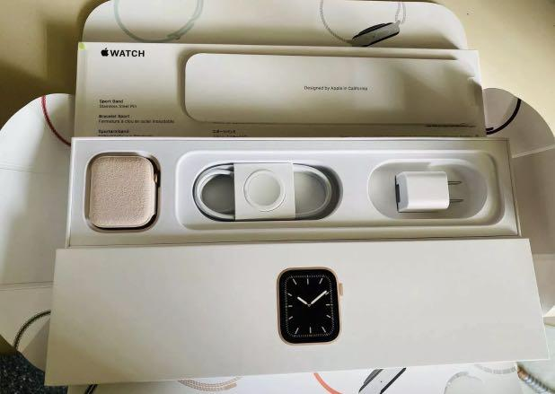 Apple Watch Series 5 -Read Last Pic!!