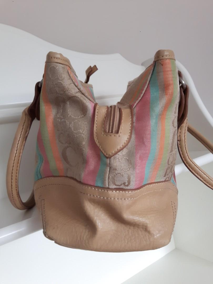 CARIBBEAN JOE HAND PURSE- Multi Zippered Pockets- Pastel coloured tones