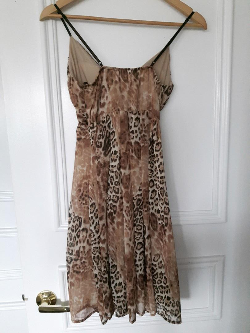 LEOPARD PRINT DRESS SPAGETTI STRAP  & TIE WAIST( size small)