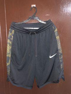 Nike Dri-fit Meduim