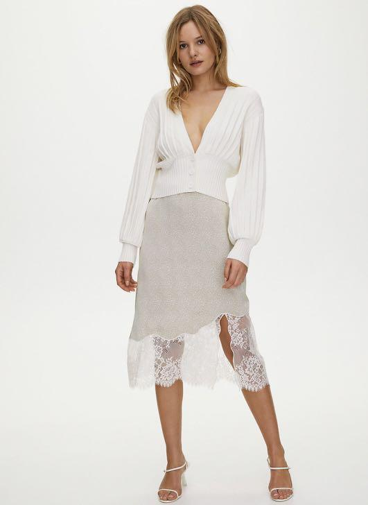 NWT Aritzia Wilfred Free New Plunge Front Cardigan