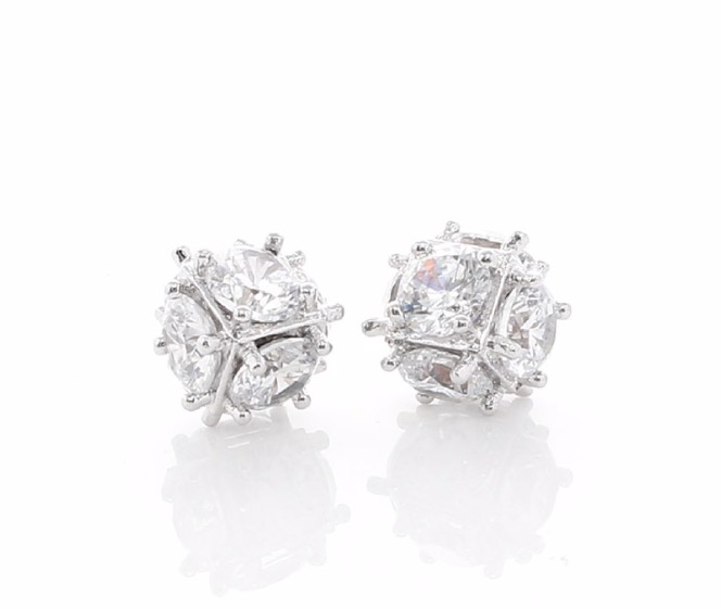 So Cool Stud Earrings With White Rhodium Plated Women S Fashion Jewellery Earrings On Carousell