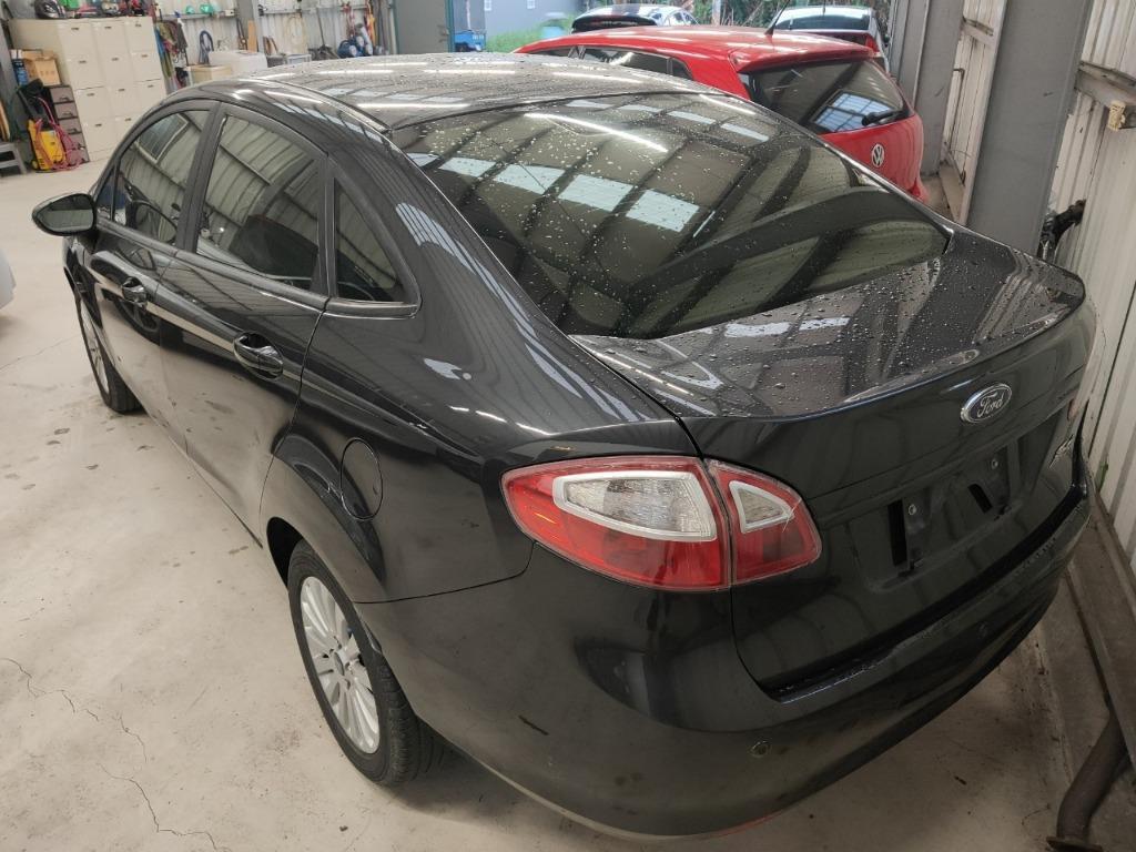 安全性佳的小車2012年福特FIESTA 1.6 可全額貸 超額貸 免保人 主打0元交車 低月付 強力過件 可洽:0932171411