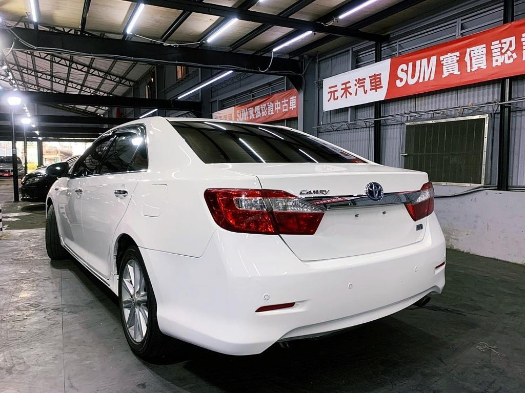 2013 toyota  Camry 2.5h白色  全額貸款 超額貸款  找錢車 非自售 一手車/中古車