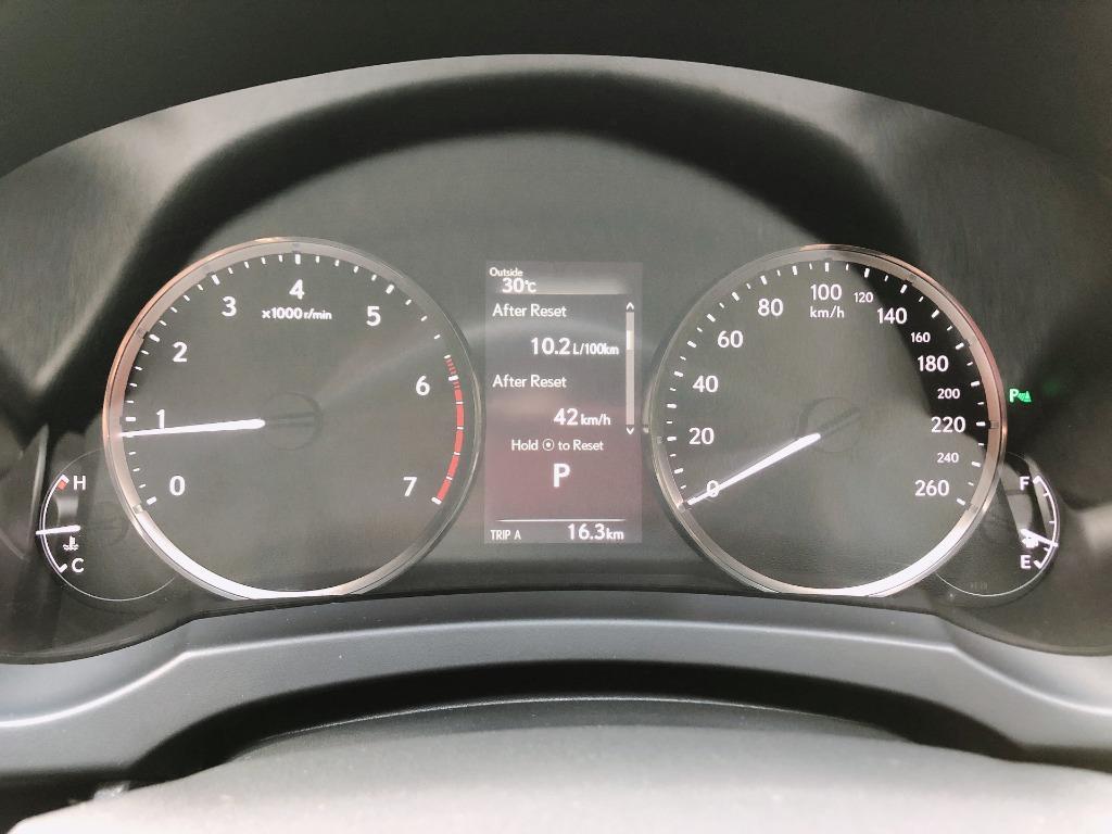 Lexus    IS300    2019 Auto