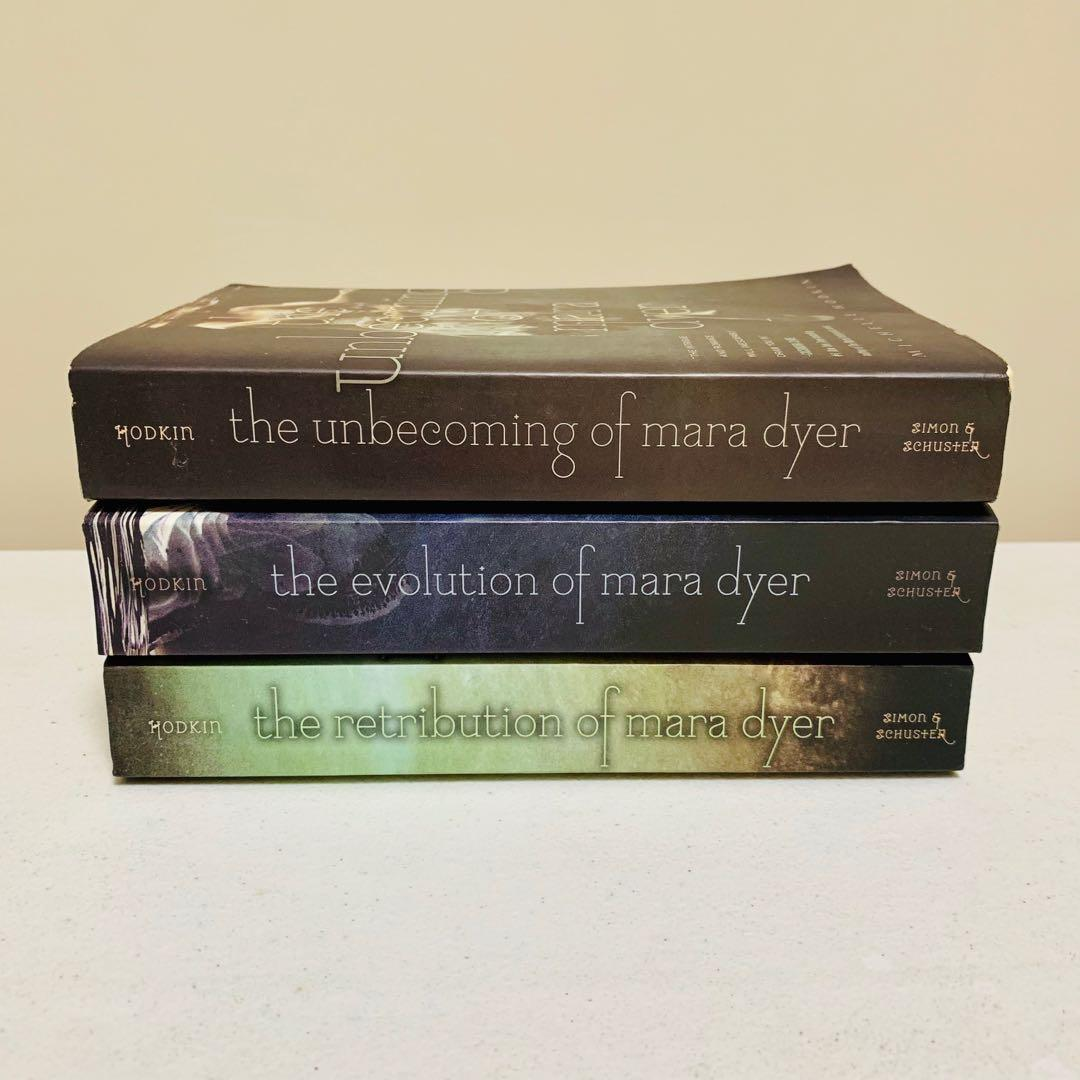 Pre-loved and Complete The Mara Dyer Trilogy book series (Book Bundle) by Michelle Hodkin