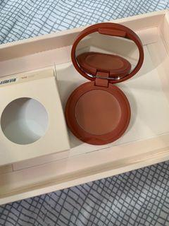 Sunnies Face blush on (biscuit and moon)