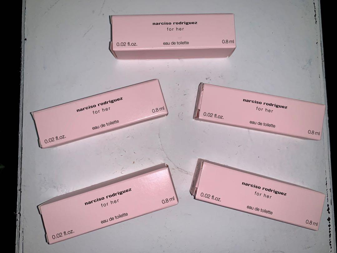 5 brand new in packaging narciso Rodriguez for her spray testers
