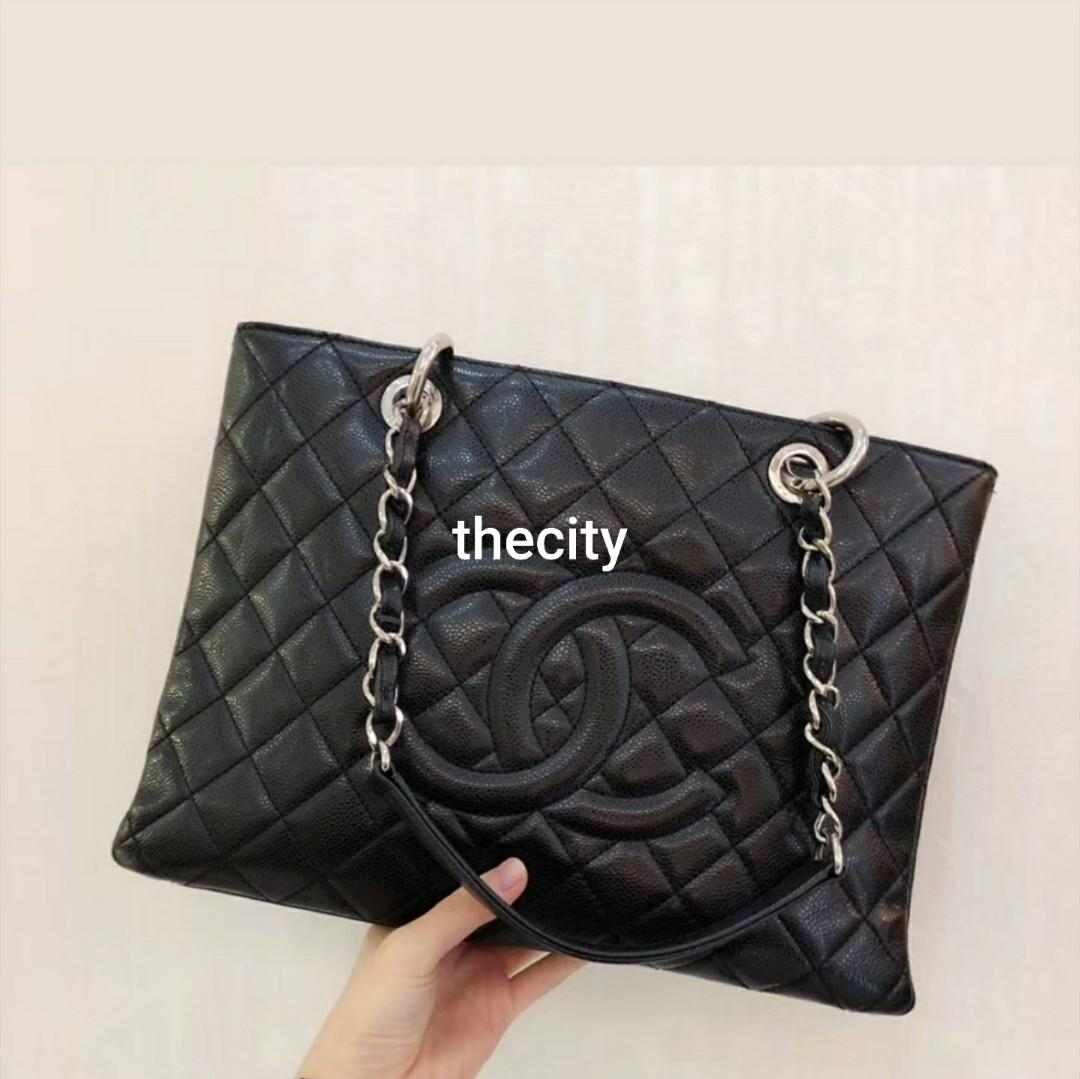 AUTHENTIC Chanel VINTAGE GST SHOULDER TOTE BAG - BLACK CAVIAR  - SILVER HARDWARE