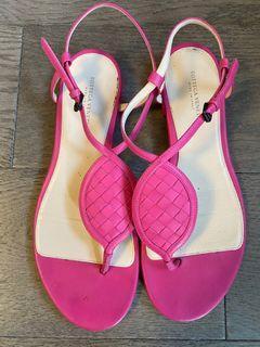 Botegga Veneta pink sandals