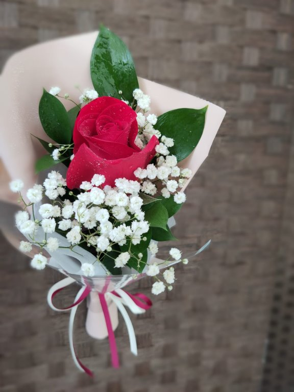Cheap Single Rose Delivery Comes With A Card Gardening Flowers Bouquets On Carousell