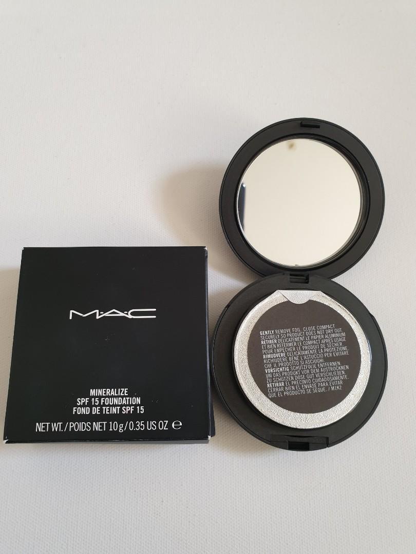 Mac mineralize foundation