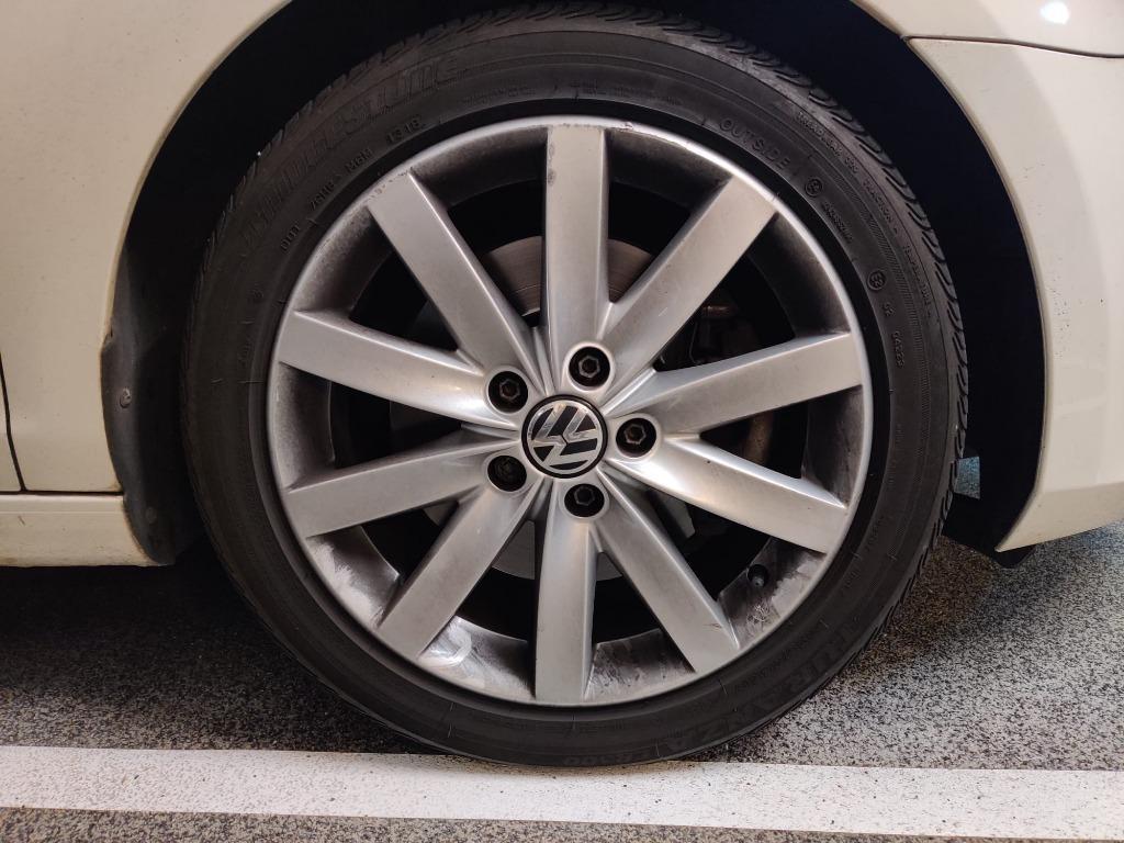 Volkswagen Golf 1.4 TSI DSG (A)