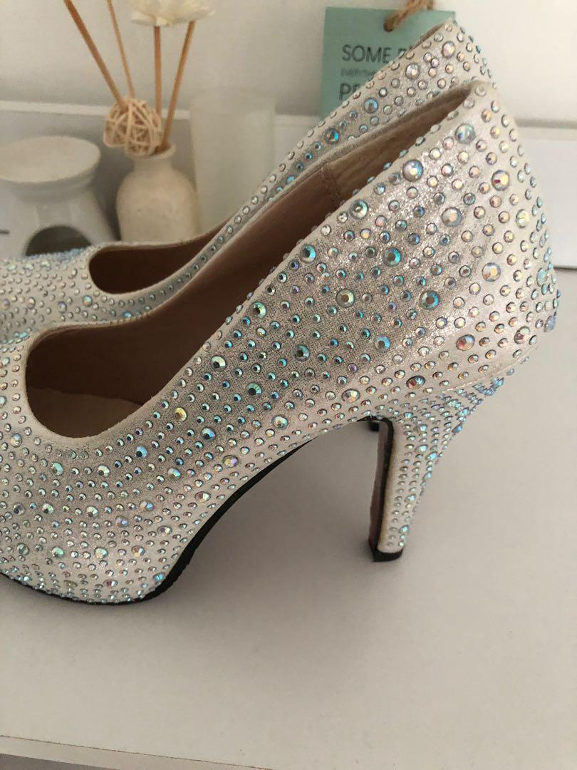 White diamond heels, Women's Fashion