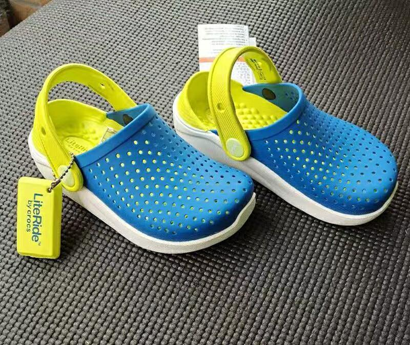 BNWT Crocs kids LiteRide kids sandals