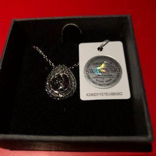 Brand New Swarovski Raindrop Pendant Necklace, $45