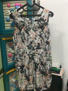 Floral Abstrak Dress