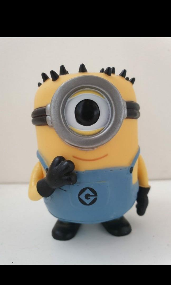 Pop minion toy