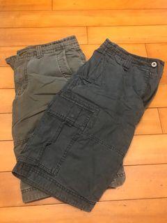 Uniqlo 工作短褲 墨綠/鐵灰