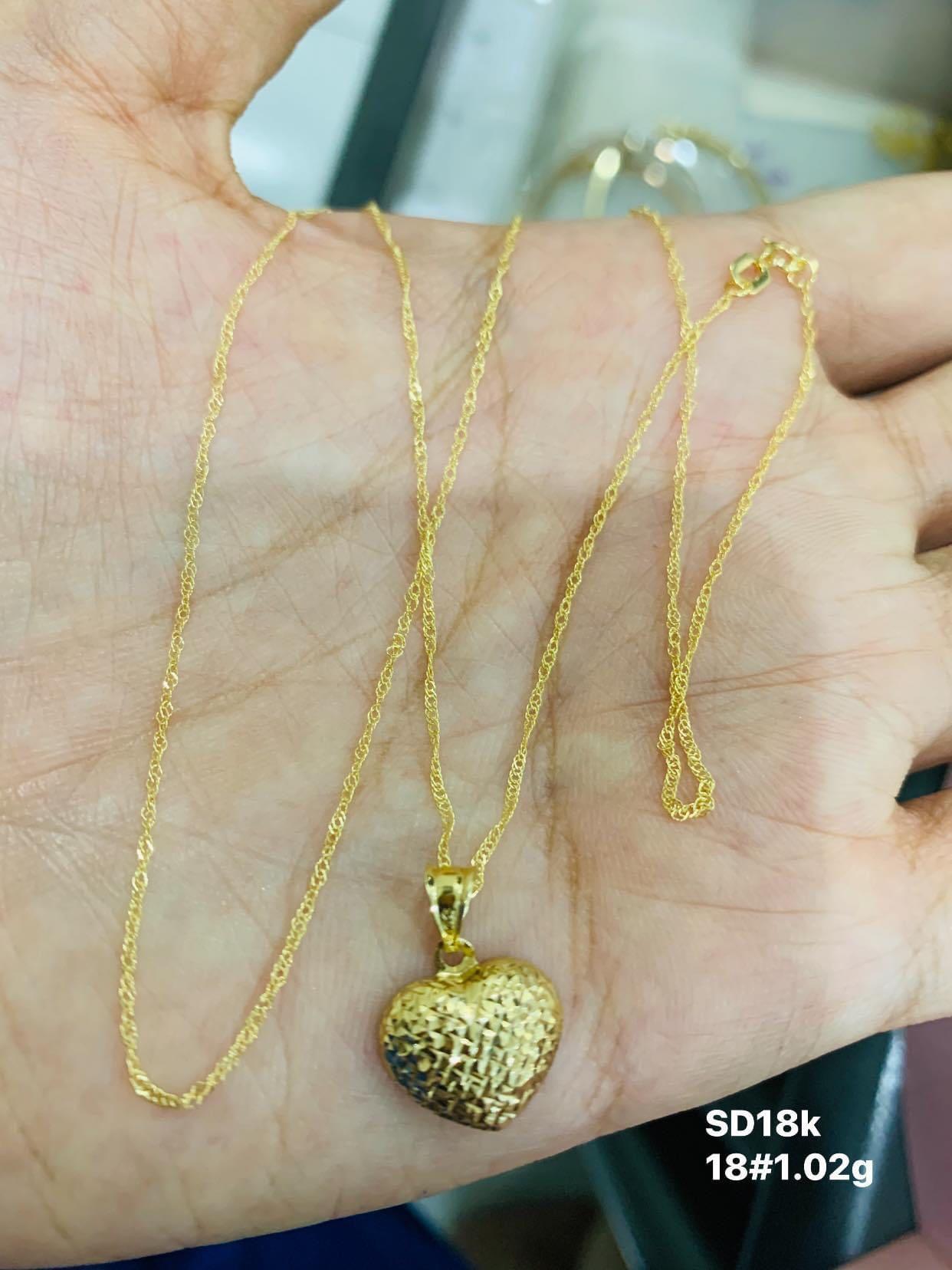 18k Saudi Gold Heart Pendant Women S Fashion Jewelry Necklaces On Carousell
