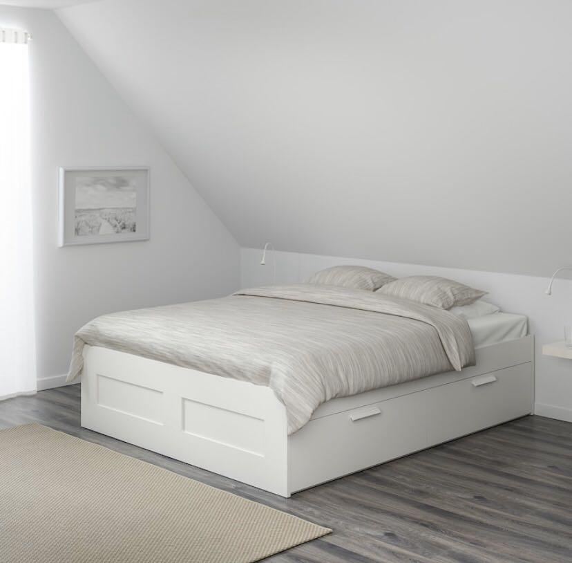 DOUBLE SIZE BED FRAME AND MATTRESS WITH 4-DRAWER