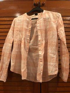 GAP pink beige button up top with frills