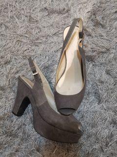 Novo high heels size 37