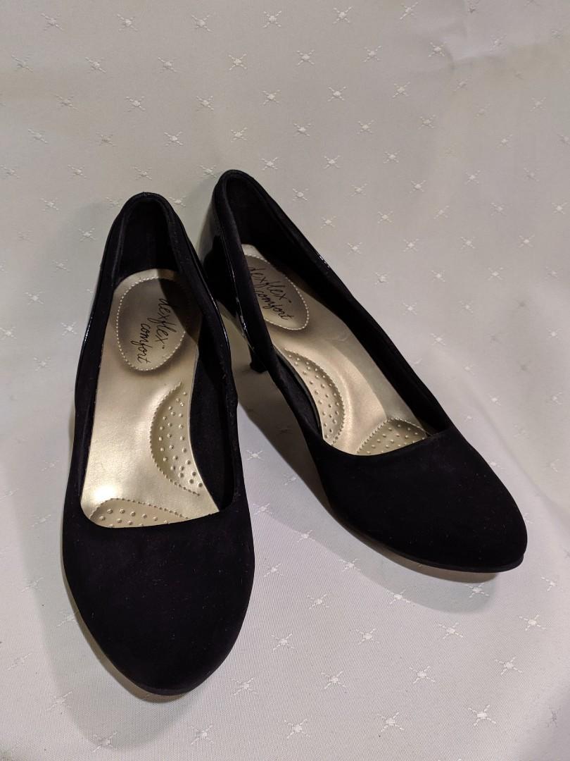 Payless Comfort Deflex Black heel shoes