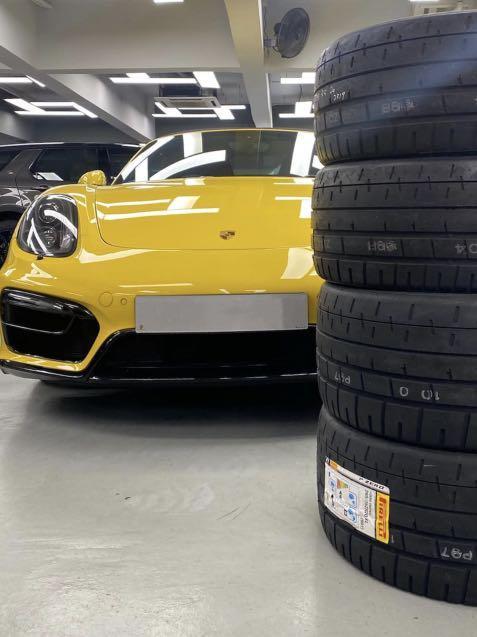 Porsche     Auto