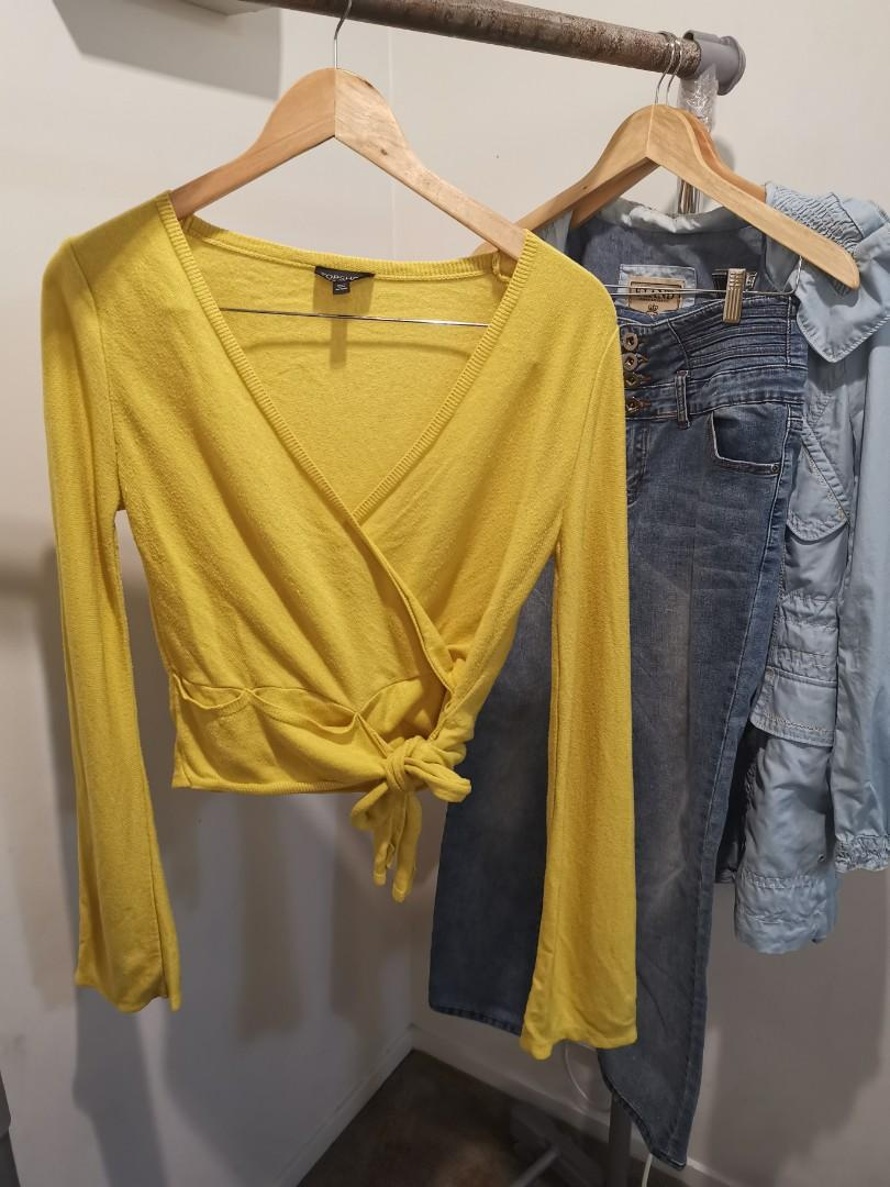 Yellow topshop warm sweater size8