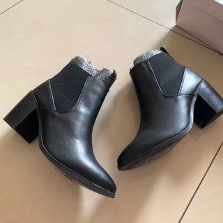 [Carlton London] Clara Boots