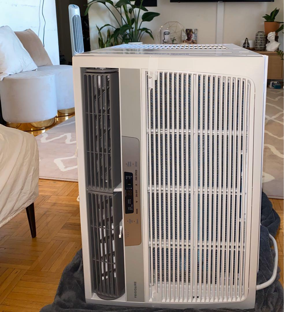 Frigidaire 28,000 BTU Air Conditioner
