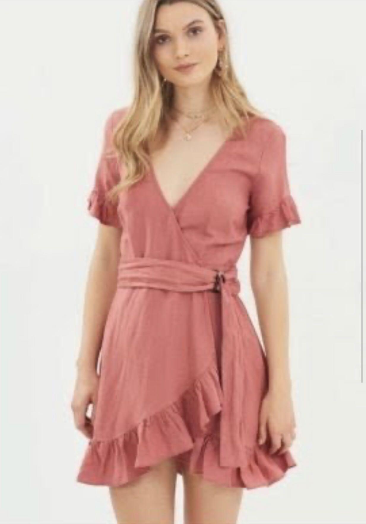 Never worn tiger lily wrap dress