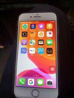 iPhone 8  64g手機狀況正常,外觀看起來是全新100%